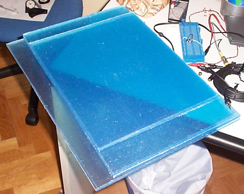 Metacrilato y policarbonato tecnicas de trabajo caseras for Como pegar plastico